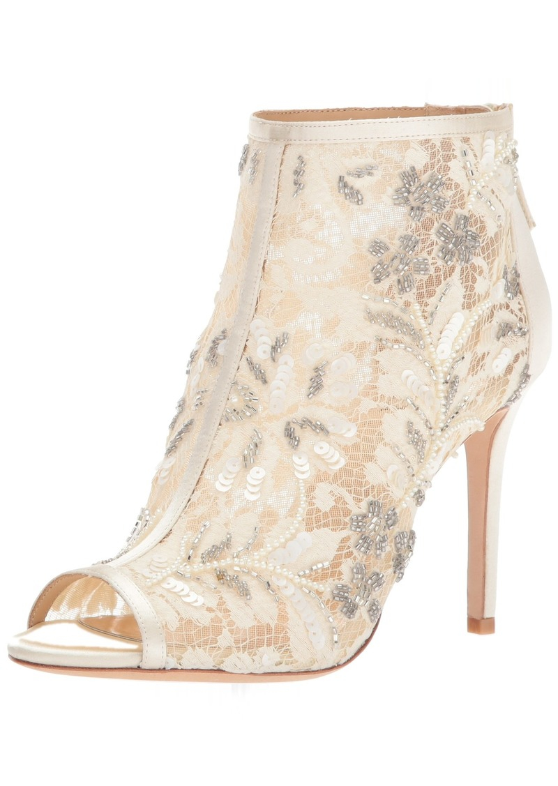 Badgley Mischka Women's Moyra Ankle Boot