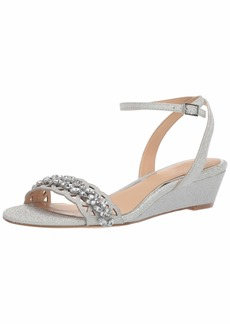 Jewel Badgley Mischka Women's KINDLE Sandal silver glitter  M US