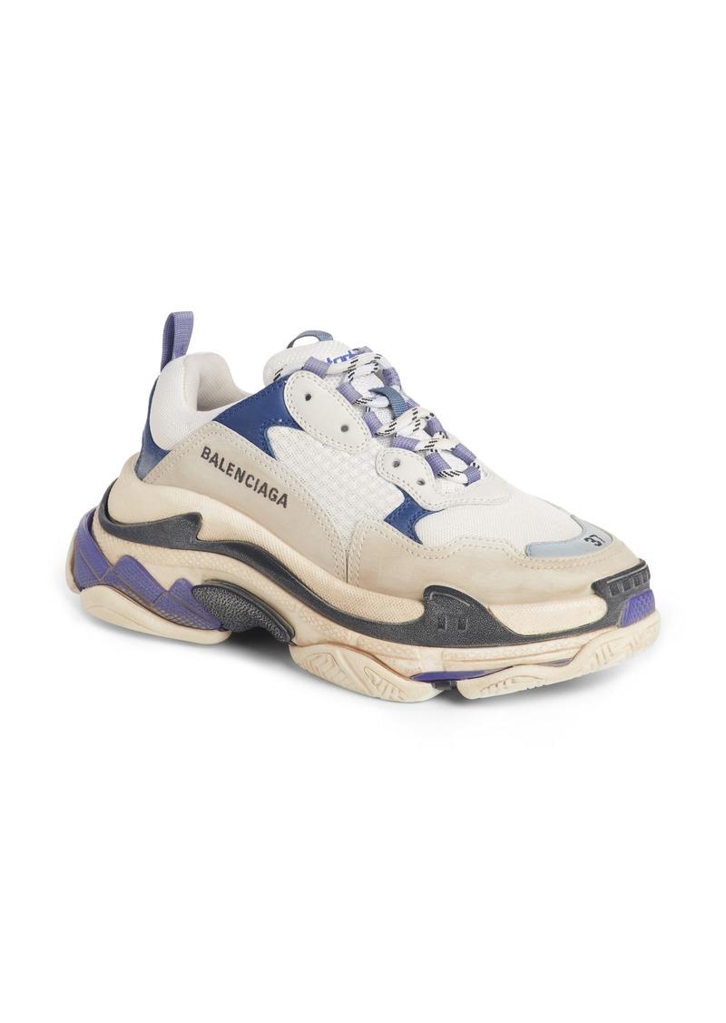 211e3e2a8b8c Balenciaga Balenciaga Triple S Sneaker (Women)