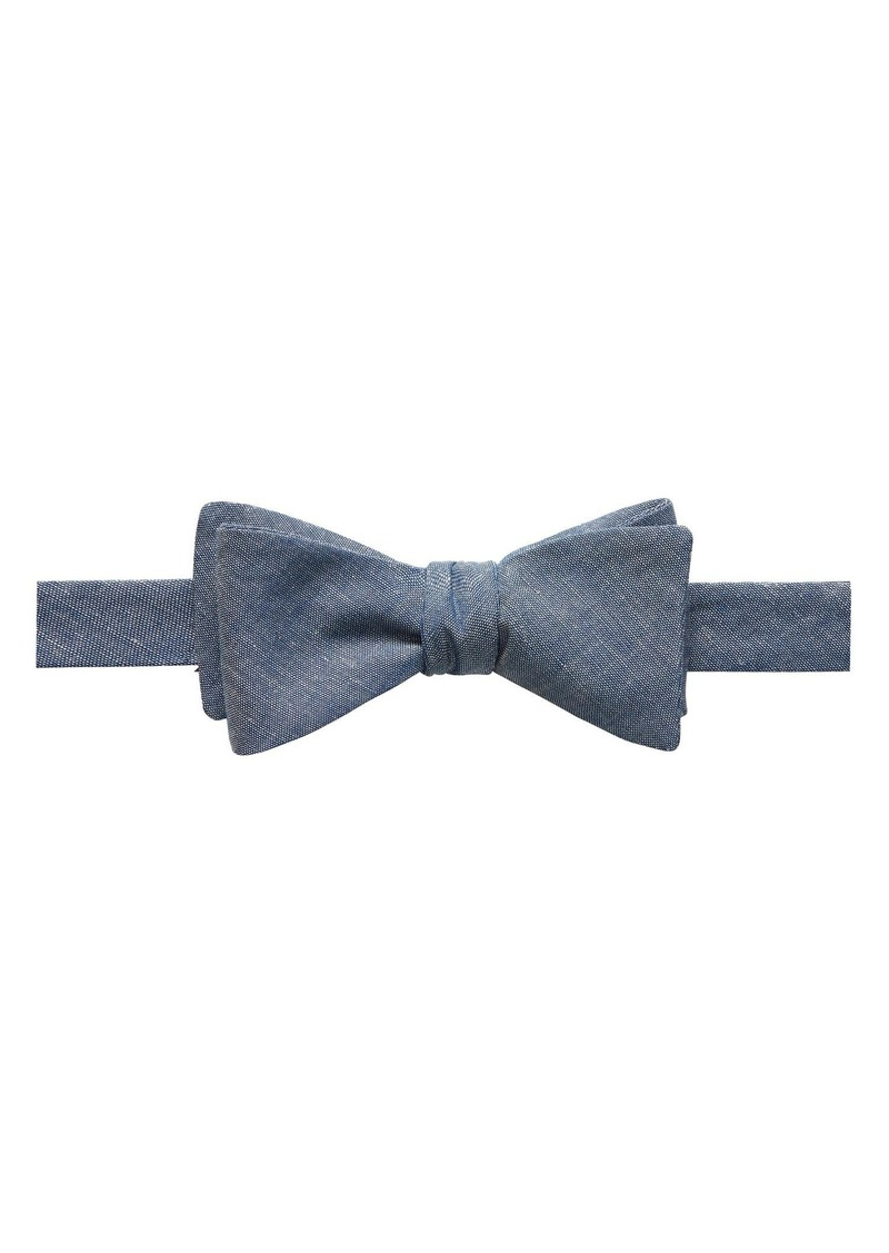 Banana Republic Cotton Linen Bow Tie