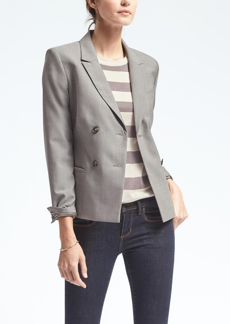 Shopping Banana Republic women's clothing sale is a savvy way to save money and buy some great new clothes. Find women's clothing sale jeans, coats, dresses, skirts, tops and more.