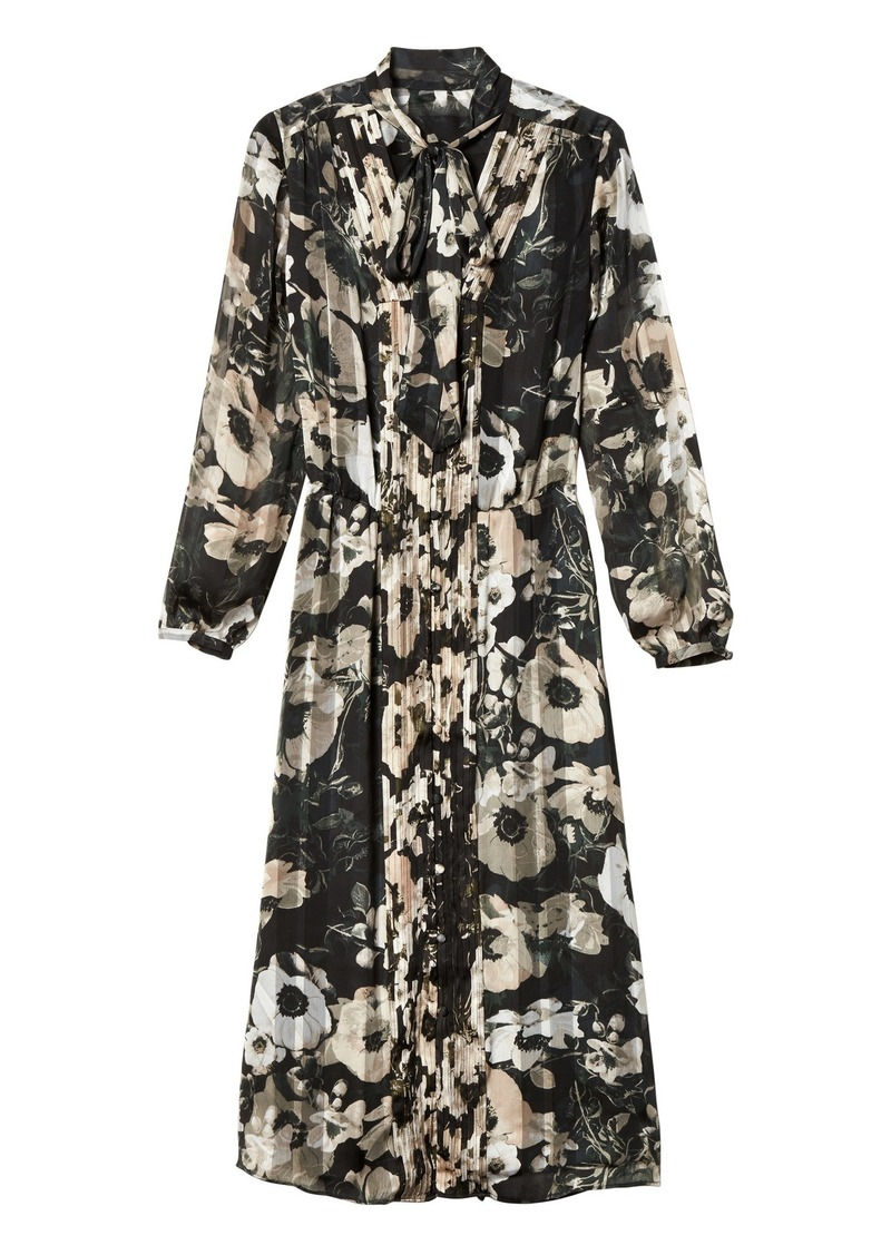 7fa504caf Banana Republic Floral Tie-Neck Shirtdress