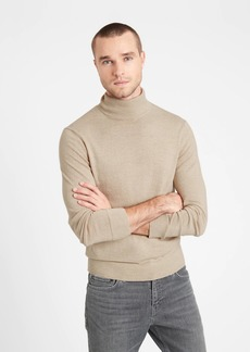 Banana Republic Italian Merino Turtleneck Sweater
