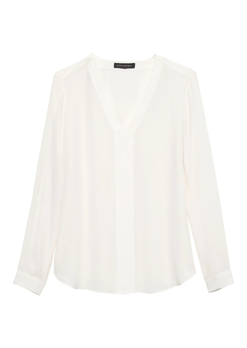 Banana Republic Long-Sleeve V-Neck Top