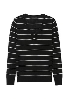 Banana Republic Machine-Washable Merino Wool Stripe V-Neck Sweater