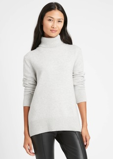 Banana Republic Relaxed Chunky Turtleneck Sweater