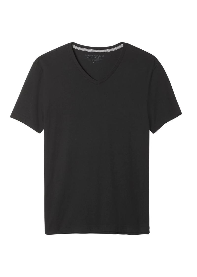 Banana Republic Soft Wash V-Neck T-Shirt