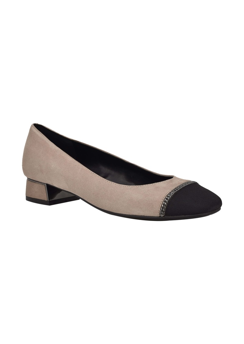 Bandolino Cap Toe Pump (Women)