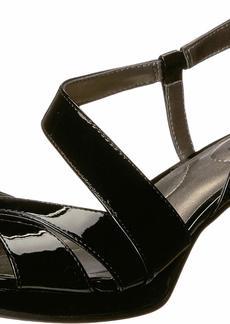 Bandolino Footwear Women's Kenosha Heeled Sandal   Medium US