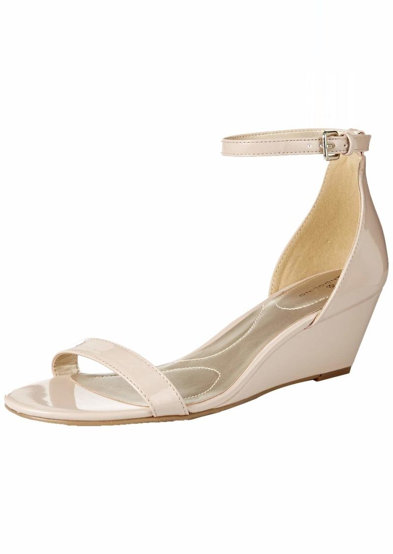 Bandolino Footwear Women's Odear Wedge Sandal