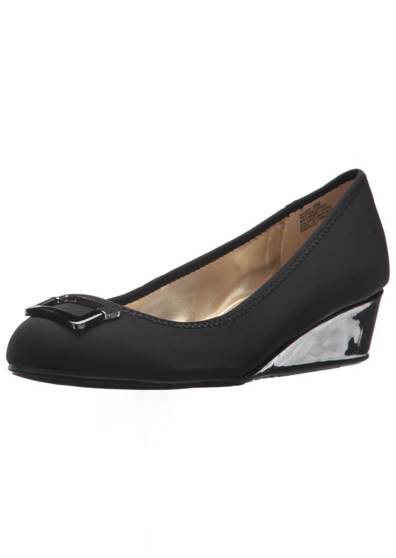 Bandolino Footwear Women's Tad Pump