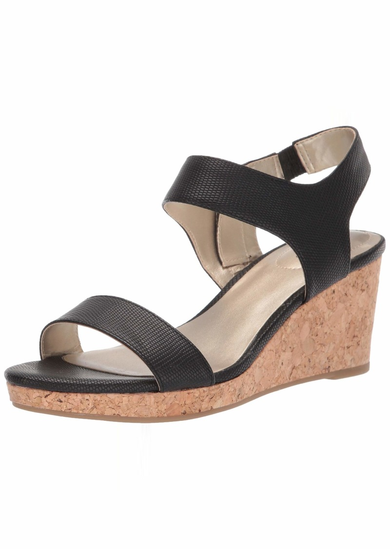 Bandolino Footwear Women's Tessa Wedge Sandal