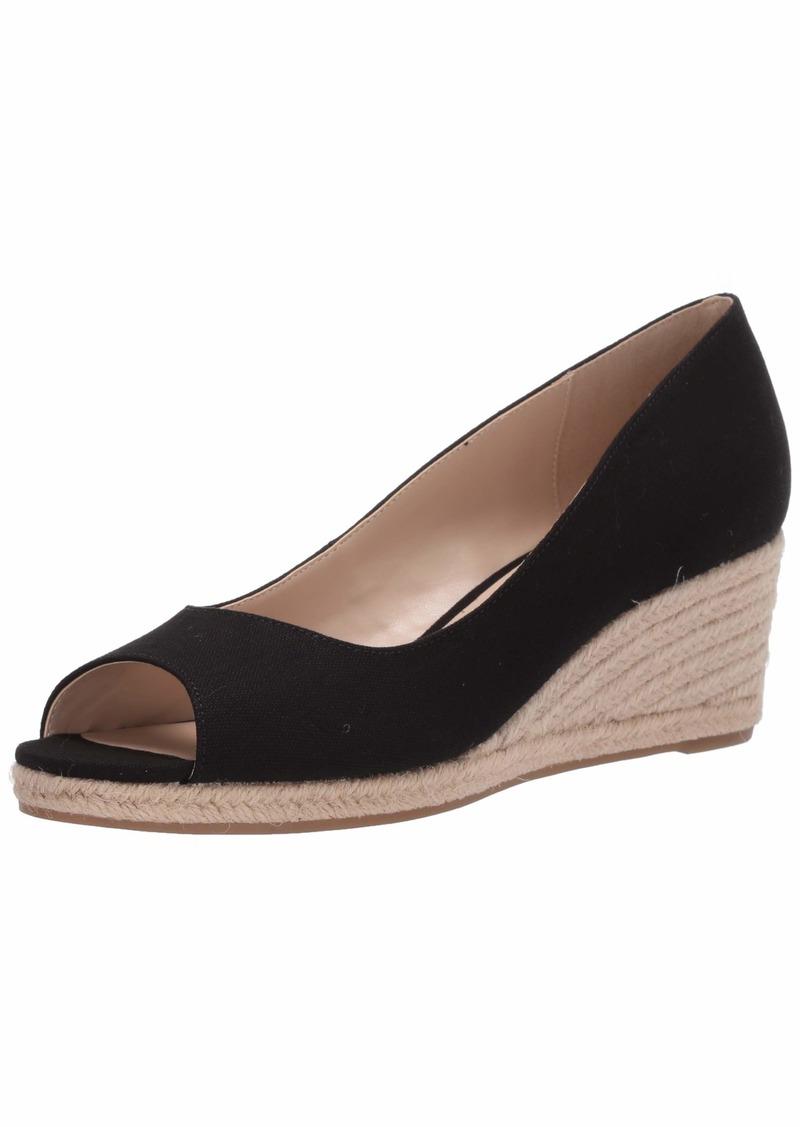 Bandolino Footwear Women's Wedge Sandal