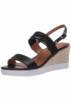 Bandolino Footwear Women's Zane Wedge Sandal
