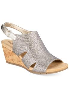 Bandolino Galedale Wedge Sandals
