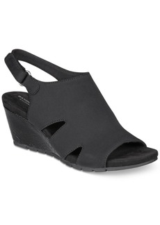 Bandolino Galedale Wedge Sandals