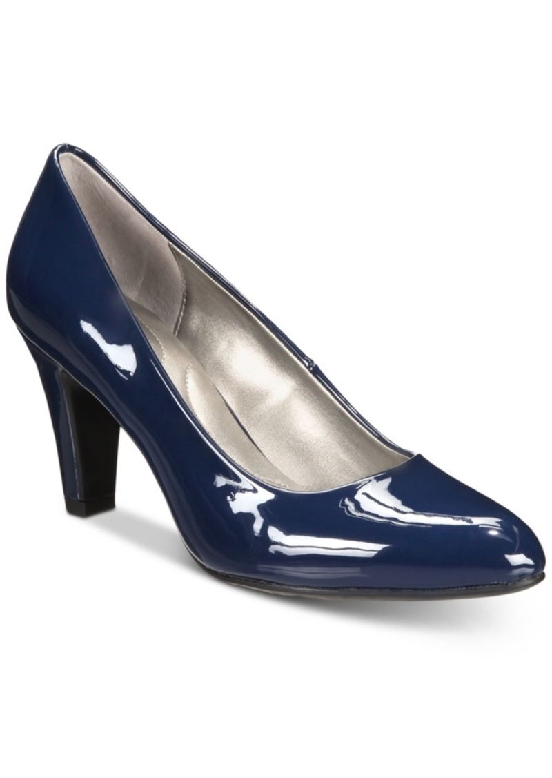 Bandolino Terenzio Pumps Women's Shoes