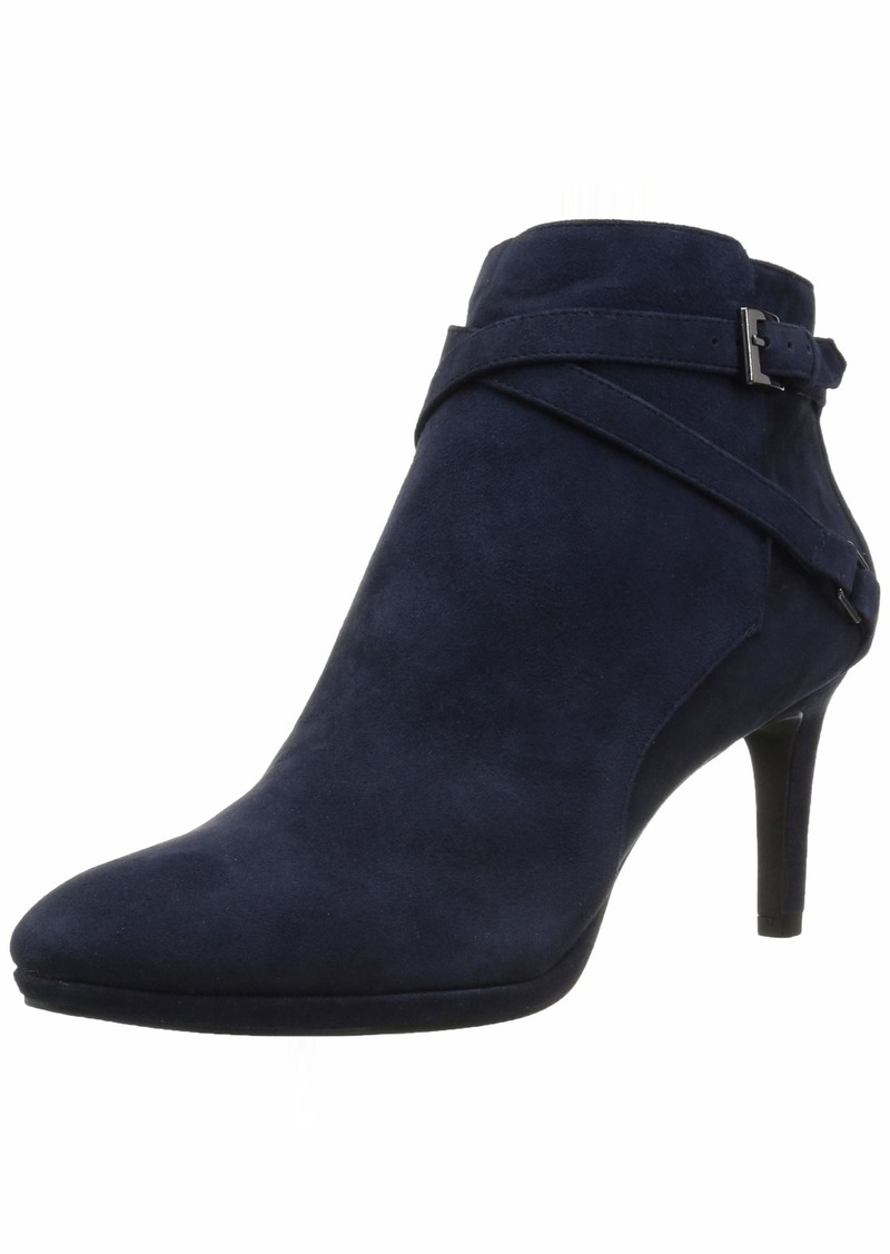 Bandolino Women's BARUFFI Ankle Boot