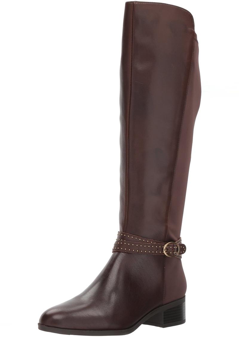 Bandolino Women's Bryices Fashion Boot  6.5 W US