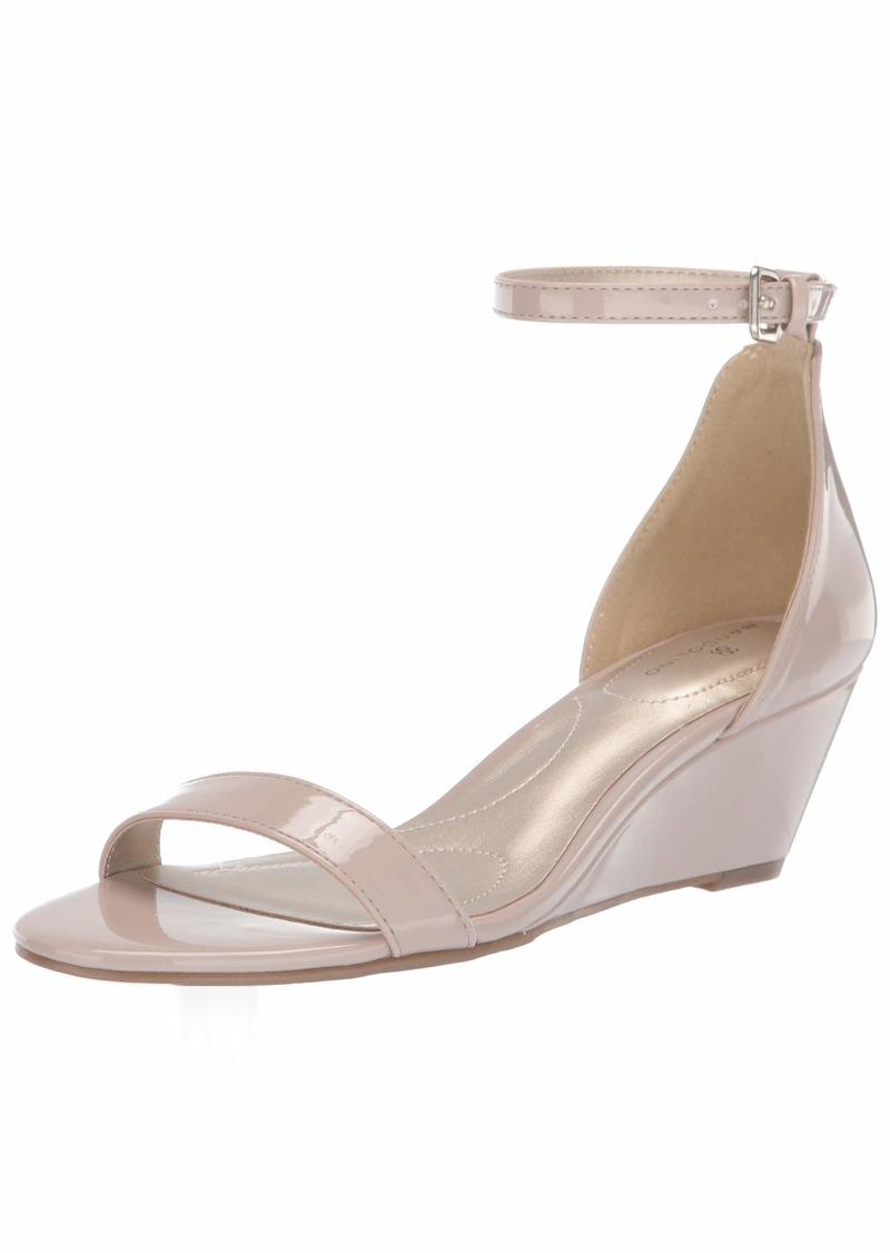 Bandolino Women's OMIRA Wedge Sandal   Medium US