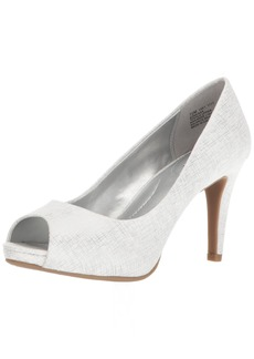 Bandolino Women's Rainaa Pump