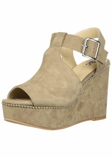 BC Footwear Women's Here We Go Now Wedge Sandal Taupe v-Suede