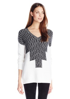 BCBGeneration Women's Color Plaited Intarsia V-Neck Pullover black Combo