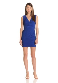 BCBG Max Azria BCBGMAXAZRIA Women's Edesa V-Neck Shirred Dress