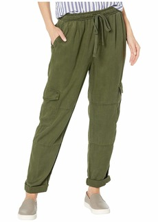 Bella Dahl High-Waisted Cargo Pants in Crosshatch Tencera