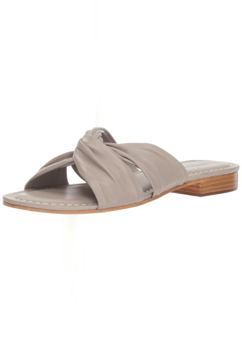 Bernardo Women's Tiffany Flat Sandal  M M US
