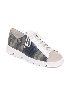 Women's Bernardo Dakota Sneaker