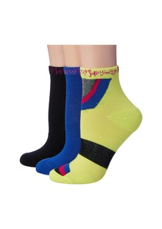 Betsey Johnson 3-Pack Groovy Quarter Crew Socks