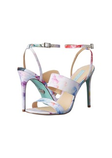 Betsey Johnson Jenna
