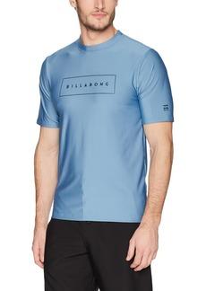 Billabong Men's United Loose Fit Short Sleeve Rashguard  M