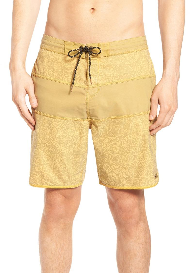b99155c91f Tribong Lo Tide Board Shorts