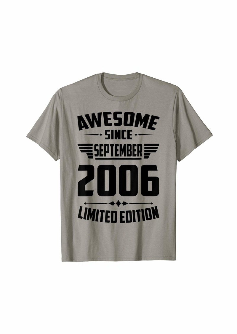 Born In September 2006 13th Birthday Gift 13 Years Old T-Shirt