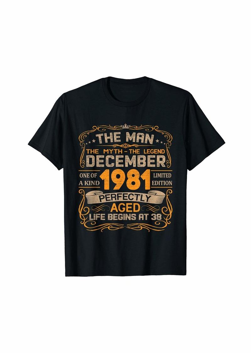 Born December 1981 Man Myth Legend 38th Birthday Gifts 38 Yrs Old T-Shirt