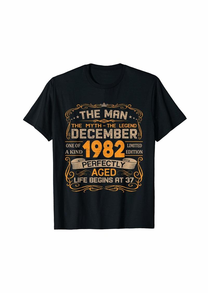 Born December 1982 Man Myth Legend 37th Birthday Gifts 37 Yrs Old T-Shirt