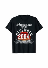 Born Vintage 15th Birthday Gift December 2004 15 Years Old T-Shirt