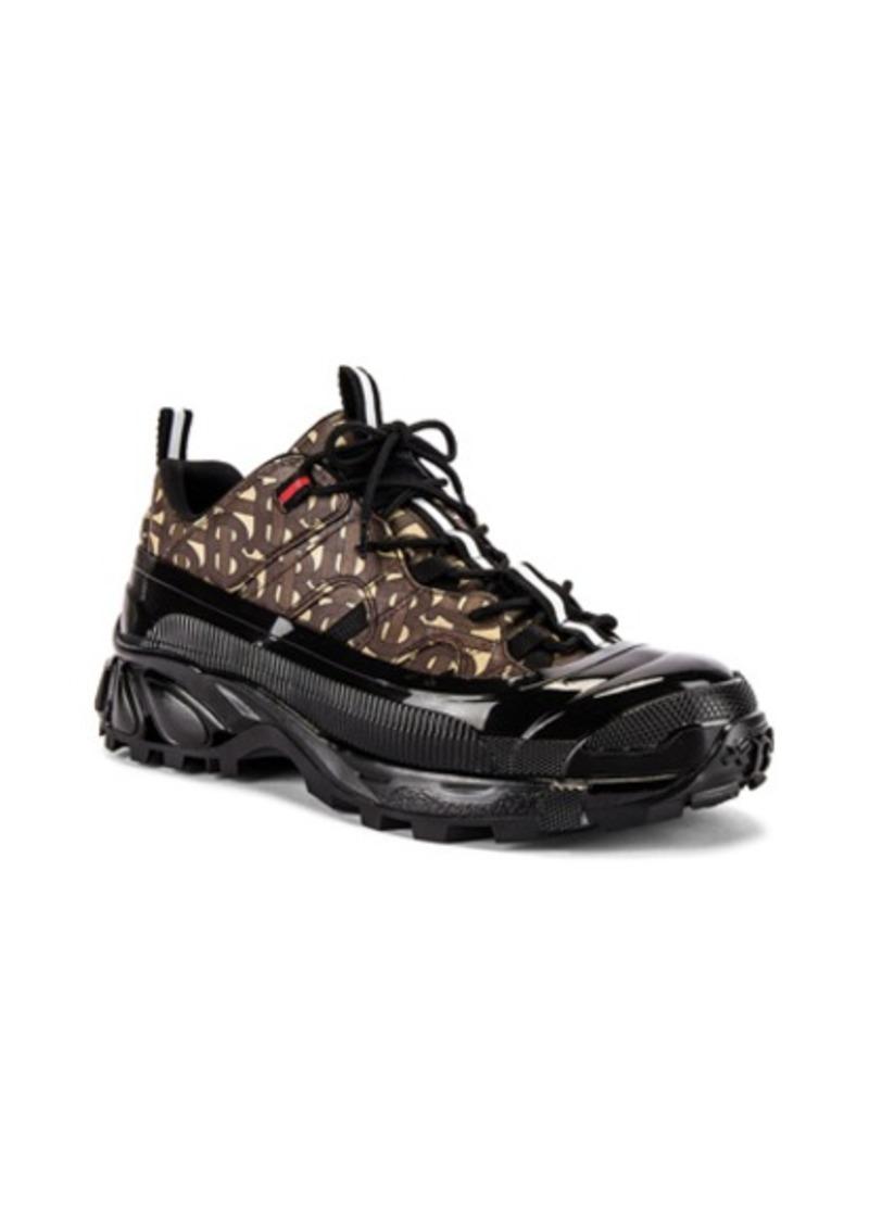 Burberry Arthur Sneaker