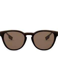 Burberry Round Frame tinted sunglasses