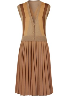 Burberry Sleeveless Knitted Wool V-neck Dress