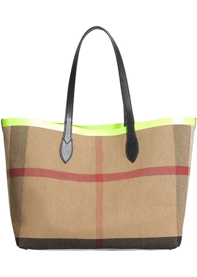Burberry The medium Giant reversible tote  0409face7feee