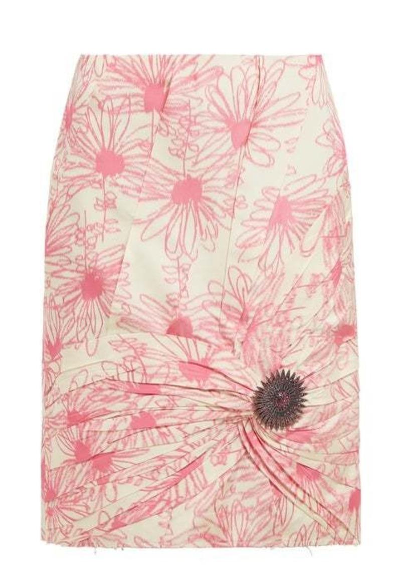 Calvin Klein Brooch-embellished floral-print silk skirt