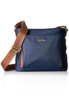 Calvin Klein Belfast Front Pocket Nylon Messenger Messenger Bag NAVY