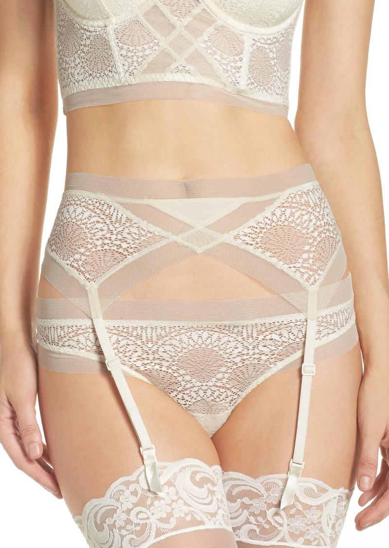 6f8b7711d81 Calvin Klein Calvin Klein Endless Garter Belt