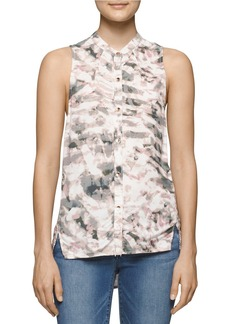 CALVIN KLEIN JEANS Printed Sleeveless Button-Down Blouse
