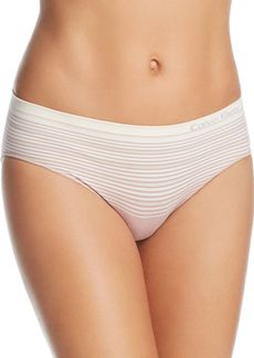 Calvin Klein Seamless Illusions Boyshort #QD3616