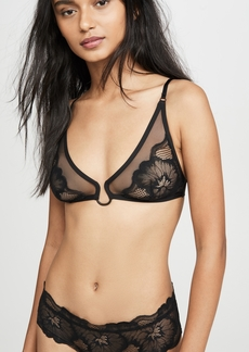 Calvin Klein Underwear Cluster Lace Unlined Triangle Bra