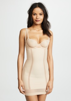 Calvin Klein Underwear Sculpted Shapewear Full Slip